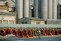 - Bratislava, industrial periphery ....- Bratislava, periferia industriale
