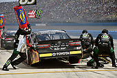 2017 Monster Energy NASCAR Cup Series<br /> Auto Club 400<br /> Auto Club Speedway, Fontana, CA USA<br /> Sunday 26 March 2017<br /> Corey LaJoie pit stop<br /> World Copyright: Nigel Kinrade/LAT Images<br /> ref: Digital Image 17FON1nk06569