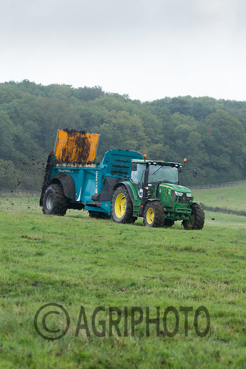 Spreading farmyard manure on grassland<br /> Picture Tim Scrivener 07850 303986<br /> ….covering agriculture in the UK….