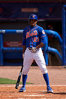 New York Mets Mallex Smith (21) bats during a Major League Spring Training game against the St. Louis Cardinals on March 19, 2021 at Clover Park in St. Lucie, Florida.  (Mike Janes/Four Seam Images)