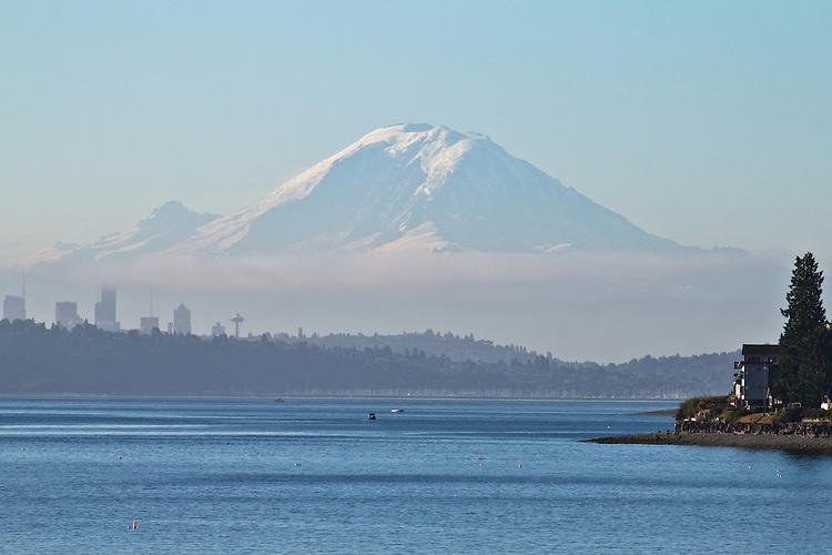 Seattle, Puget Sound, Mount Rainier, Salish Sea, Washington State, Pacific Northwest, sunrise,