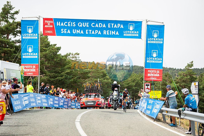 Damiano Caruso (ITA) Bahrain Victoriuos attacks from the breakaway with 70k to go during Stage 9 of La Vuelta d'Espana 2021, running 188km from Puerto Lumbreras to Alto de Velefique, Spain. 22nd August 2021.    <br /> Picture: Cxcling | Cyclefile<br /> <br /> All photos usage must carry mandatory copyright credit (© Cyclefile | Cxcling)