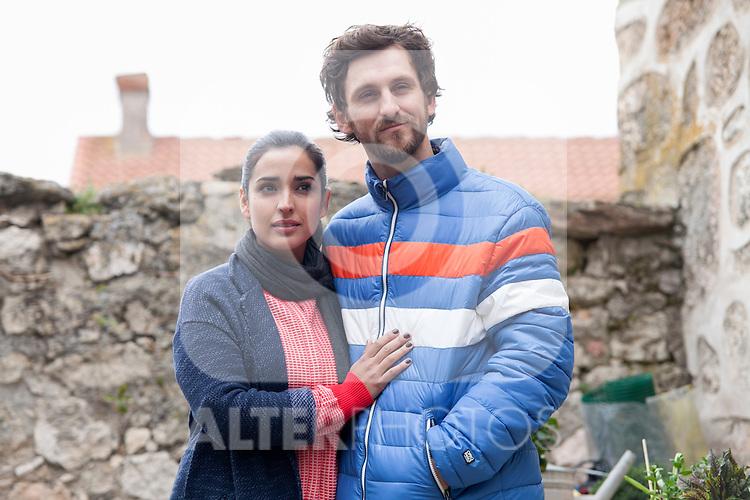 """Spanish actress Inma Cuesta and Raul Arevalo on the set of the movie """"Las Ovejas No Pierden El Tren"""". in Segovia, Spain. April 01, 2014. (ALTERPHOTOS/Carlos Dafonte)"""