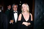 ALESSANDRA NECCI CON IL MARITO<br /> BALLO DI BENEFICENZA AIRC A PALAZZO ALTIERI ROMA 2002