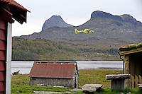 Water pick up training in Gjøsetvatnet. <br /> Norwegian Air Ambulance base in Førde.
