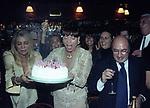 MARA VENIER, ELSA MARTINELLI E DANTE FERRETTI<br /> COMPLEANNO ELSA MARTINELLI AL JEFF BLYNN'S   ROMA 2000