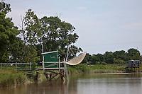 Europe/France/Aquitaine/33/Gironde/Env d' Anglade: Carrelet dans le Marais du Blayais sur l'Estuaire de la Gironde