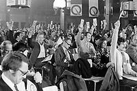 Congres du Parti Quebecois au Patro Roc-Amadour a Quebec , le 26 fevrier 1971 <br /> <br /> Photographe : Jacques Thibault - Agence Quebec Presse