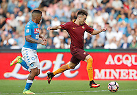 Calcio, Serie A: Napoli vs Roma. Napoli, stadio San Paolo, 15 ottobre. <br /> Roma's Stephan El Shaarawy, right, is chased by Napoli's Allan during the Italian Serie A football match between Napoli and Roma at Naples' San Paolo stadium, 15 October 2016. Roma won 3-1.<br /> UPDATE IMAGES PRESS/Isabella Bonotto