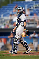 Staten Island Yankees catcher Jerry Seitz (34) during a game against the Batavia Muckdogs on August 27, 2016 at Dwyer Stadium in Batavia, New York.  Staten Island defeated Batavia 13-10 in eleven innings.  (Mike Janes/Four Seam Images)