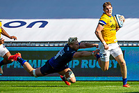 13th September 2020; AJ Bell Stadium, Salford, Lancashire, England; English Premiership Rugby, Sale Sharks versus Bath; Jean-Luc du Preez of Sale Sharks misses a tackled on Ruaridh McConnochie of Bath Rugby as he runs in a try