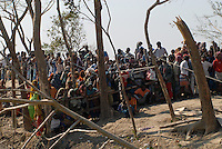 BANGLADESH, Southkhali in district Bagerhat, distribution of relief goods after the cyclone Sidr which has flooded and destroyed many villages and claimed many victims / Bangladesch, Wirbelsturm Sidr und eine Sturmflut zerstoeren viele Doerfer im Kuestengebiet von Southkhali, Verteilung von Hilfsguetern durch NGO Prodipan und Diakonie Katastrophenhilfe