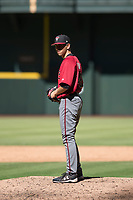 Arizona Diamondbacks relief pitcher Jeff Bain (48) prepares to deliver a pitch to the plate during an Instructional League game against the Kansas City Royals at Chase Field on October 14, 2017 in Phoenix, Arizona. (Zachary Lucy/Four Seam Images)