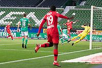 18th May 2020, WESERSTADION, Bremen, Germany; Bundesliga football, Werder Bremen versus Bayer Leverkusen; Kai Havertz Leverkusen beats keeper Jiri Pavlenka Werder Bremen to make it 0-1 early in the game