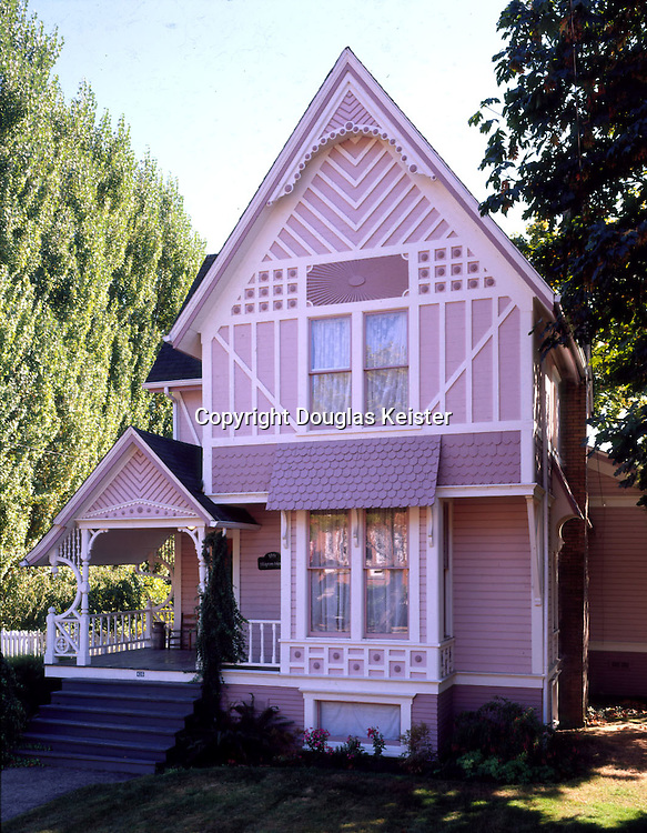 The Skipton House <br />416 4th Ave S.E<br />Albany, OR