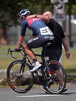 JLT Condor manager John Herety with rider Alex Frame (11) after stage four of the NZ Cycle Classic UCI Oceania Tour in Wairarapa, New Zealand on Wednesday, 25 January 2017. Photo: Dave Lintott / lintottphoto.co.nz