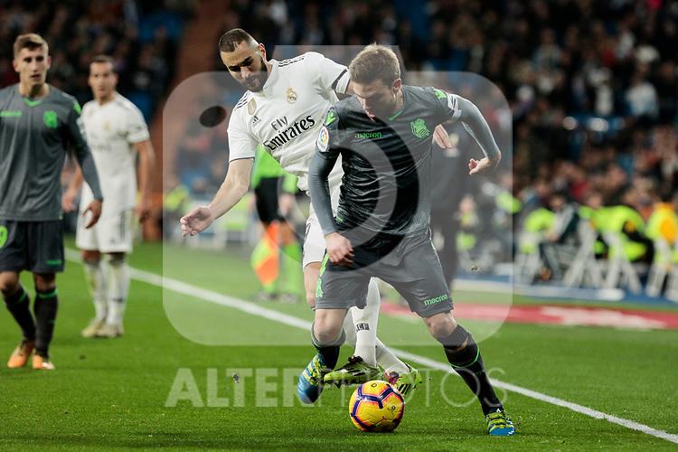 Real Madrid's Karim Benzema and Real Sociedad's Asier Illarramendi during La Liga match between Real Madrid and Real Sociedad at Santiago Bernabeu Stadium in Madrid, Spain. January 06, 2019. (ALTERPHOTOS/A. Perez Meca)<br />  (ALTERPHOTOS/A. Perez Meca)