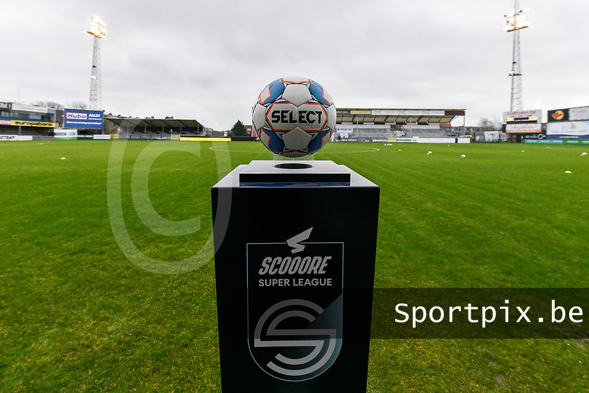 matchball pictured before a female soccer game between Eendracht Aalst and Standard Femina de Liege on the 11 th matchday of the 2020 - 2021 season of Belgian Scooore Womens Super League , Saturday 23 of January 2021  in Aalst , Belgium . PHOTO SPORTPIX.BE | SPP | STIJN AUDOOREN