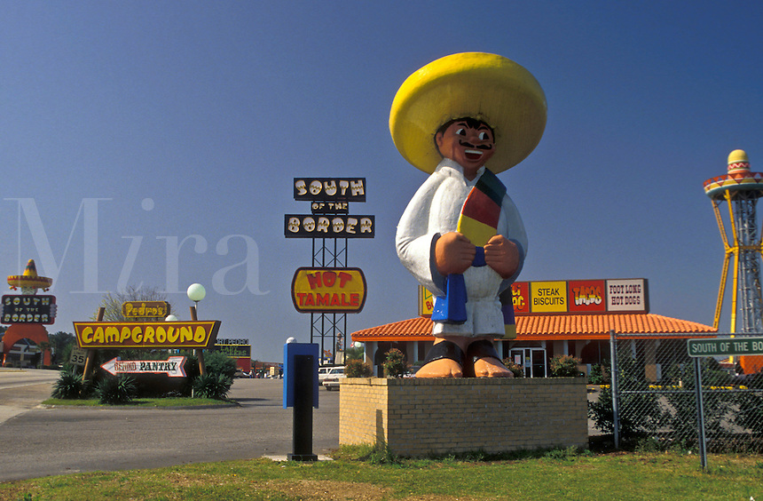 AJ3353, South of the Border, South Carolina, Statue of Pedro at South of the Border on the border of South Carolina and North Carolina