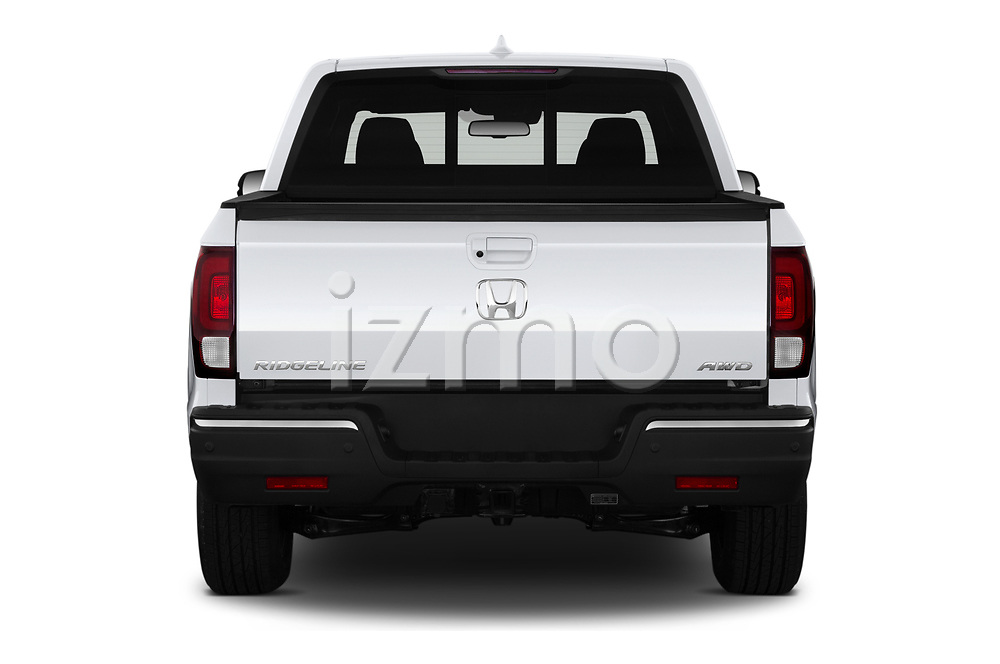 Straight rear view of 2020 Honda Ridgeline RTL-E 4 Door Pick-up Rear View  stock images