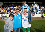 St Johnstone v Morton....02.05.09.Alan Main with his sons from left,.Picture by Graeme Hart..Copyright Perthshire Picture Agency.Tel: 01738 623350  Mobile: 07990 594431