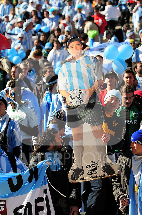 Fans during the 2010 World Cup Soccer match between Argentina vs Korea Republic played at Soccer City in Johannesburg, South Africa on 17 June 2010.  Photo: Gerhard Steenkamp/Cleva Media