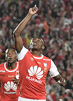 BOGOTÁ -COLOMBIA, 18-12-2016.  Hector Urrego player of Santa Fe celebrates after scoring a goal to Tolima during the final second leg match between Independiente Santa Fe and Deportes Tolima of the Liga Aguila II 2016 played at the Nemesio Camacho El Campin Stadium in Bogota city. Photo: VizzorImage/ Gabriel Aponte / Staff