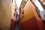 View of the famous Callejon del Beso (Alley of the Kiss) in Guanajuato city, February 13, 2008. Photo by Heriberto Rodriguez
