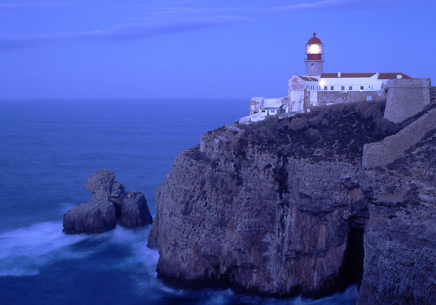 Europe, PRT, Portugal, Algarve, Sagres, Landscape, Typical Coast, Cabo de Sao Vicente, Rocky Coast, Lighthouse at the Evening, Twilight.....[ For each utilisation of my images my General Terms and Conditions are mandatory. Usage only against use message and proof. Download of my General Terms and Conditions under http://www.image-box.com or ask for sending. A clearance before usage is necessary...Material is subject to royalties. Each utilisation of my images is subject to a fee in accordance to the present valid MFM-List...Contact   archive@image-box.com   www.image-box.com ]