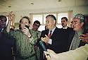 Iraq 2000  Dokan: Jalal Talabani recevant des poetes  Iraq 2000 In Dokan, Jalal Talabani welcoming poets