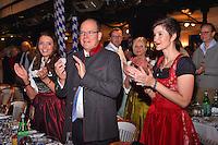 """--- NO TABLOIDS, NO WEB SITE --- De gauche ‡ droite, Rebecca, l'Èpouse de Tonio Arcaini de la brasserie Weihenstephan, le Prince Albert II de Monaco et Mme AgnËs Falco, la secrÈtaire gÈnÈrale de la Fondation Princesse Charlene, participent ‡ la soirÈe d'ouverture de la 11Ëme Èdition de l'Oktoberfest au CafÈ de Paris le 14 octobre 2016. La SociÈtÈ des Bains de Mer cÈlËbre """"Oktoberfest"""" selon la pure tradition bavaroise, en partenariat avec la brasserie Weihenstephan, biËre munichoise. Les dinners se dÈroulent sous le chapiteau installÈ et†dÈcorÈ pour loccasion du 14 au 23 octobre 2016."""
