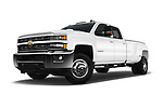 Stock pictures of low aggressive front three quarter view of 2017 Chevrolet Silverado-3500HD LT-Crew-DRW 4 Door Pick-up Low Aggressive