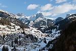 Italy, South Tyrol, Alto Adige, Dolomites, Santa Cristina Valgardena: wintersport resort | Italien, Suedtirol, Dolomiten, St. Christina in Groeden: Wintersportort..