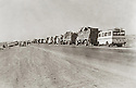 Iraq 1975.Exile of the people of Barzan, on their way to the south,<br /> Irak 1975 Les gens de Barzan sont envoyés en exil dans le sud de l'Irak