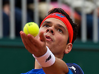 Paris, France, 23 june, 2016, Tennis, Roland Garros, Milos Raonic (CAN) serves<br /> Photo: Henk Koster/tennisimages.com