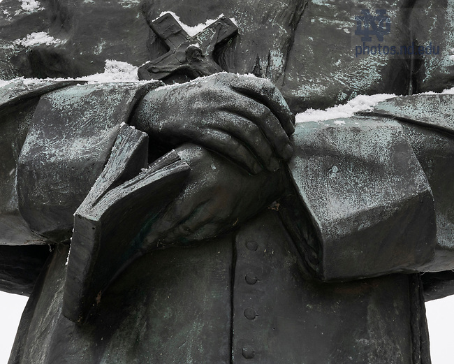 February 17, 2021; Snow and frost cover the hands on the Fr. Sorin statue. (Photo by Barbara Johnston/University of Notre Dame)