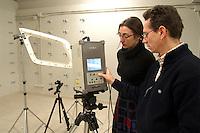 - University of Milan - Bovisa, department of Design, laboratory of Virtual Models, three-dimensional scanner....- Universitàdi Milano - Bovisa, facoltà di Design, laboratorio Modelli Virtuali, scanner tridimensionale