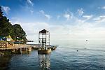 Croatia, Istria, Porec: lido at the Adriatic Sea, secluded at early season | Kroatien, Istrien, Porec: Badeplatz an der Adria, zur Vorsaison noch einsam und leer
