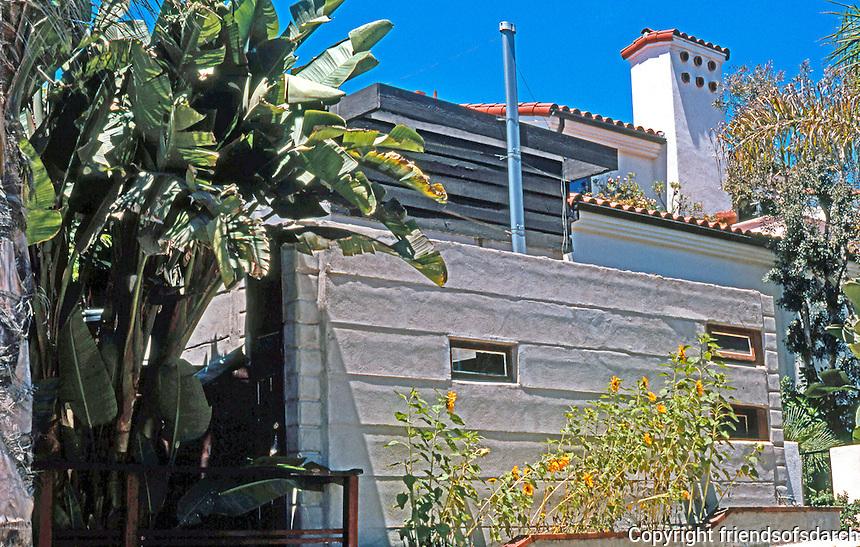 Rudolph Schindler: El Pueblo Ribera Apts., La Jolla 1923. Photo '97.