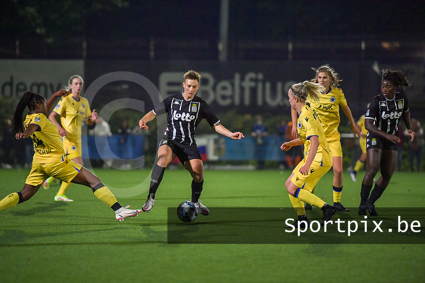 Kristina Erman (4) of Sporting du Pays de Charleroi pictured during a female soccer game between Sporting Charleroi and Club Brugge YLA on the sixth matchday in the 2021 - 2022 season of Belgian Scooore Womens Super League , friday 8 October 2021 in Marcinelle , Belgium . PHOTO SPORTPIX | STIJN AUDOOREN