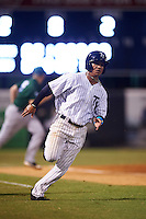 Tampa Yankees third baseman Thairo Estrada (28) running the bases during a game against the Daytona Tortugas on August 5, 2016 at George M. Steinbrenner Field in Tampa, Florida.  Tampa defeated Daytona 7-1.  (Mike Janes/Four Seam Images)