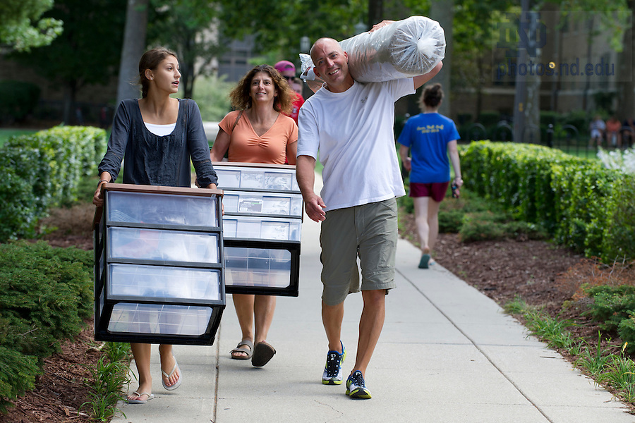 August 17, 2012; Move in day.  Photo by Barbara Johnston/University of Notre Dame