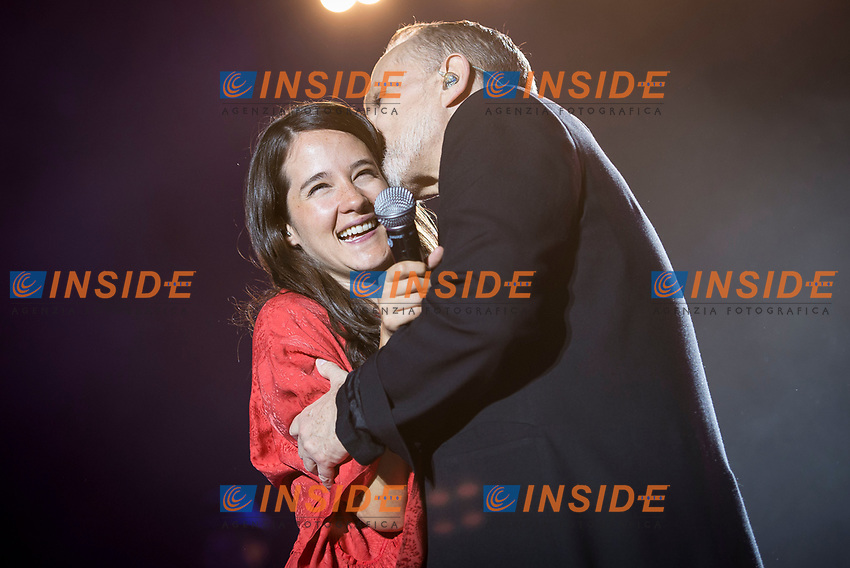 Spanish Singer Miguel Bose in collaboration with mexican singer Ximena Sarinana during the first stop of his tour 'Estare'' at Wizink Center in Madrid, June 23, 2017. Spain.<br /> (ALTERPHOTOS/BorjaB.Hojas/Insidefoto)<br /> Foto Alterphotos/Insidefoto