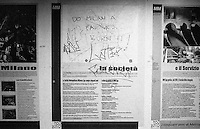 "Milano, scritta denigratoria su una mappa ad una stazione del Passante Ferroviario: ""Fai un favore a Milano... bruciala"" --- Milan, denigrating writing on a map in a station of the suburban railway: ""Do Milan a favor...burn it"""