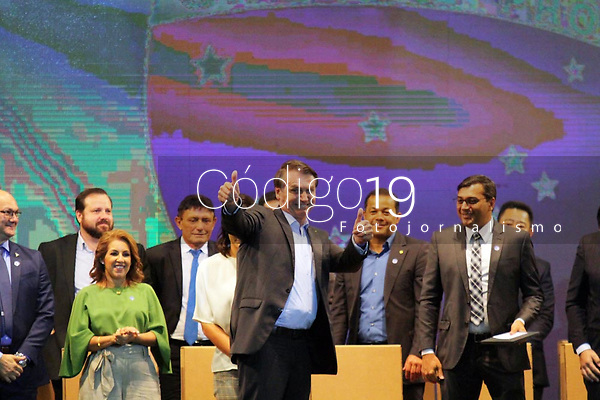 Manaus (AM), 27/11/2019 - Bolsonaro-Manaus - O Presidente da Republica, Jair Bolsonaro (sem partido),  participa da abertura da primeira Feira de Sustentabilidade do Polo Industrial de Manaus (fesPIM), na manha desta quarta-feira (27), no Studio 5, Centro de Convencoes em Manaus. (Foto: Sandro Pereira/Codigo 19/Codigo 19)
