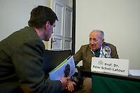 """Der Junge Freiheit-Journalist Billy Six war am Dienstag den 26. Maerz 2013 zu Gast bei der Deutsch Arabischen Gesellschaft (DAG) und erzaehlte von seinen Eindruecken in Syrien.<br />Six wurde im Dezember 2012 in Syrien von Regierungstruppen festgenommen und wurde nach dreimonatiger Haft im Maerz 2013 freigelassen.<br />Im Bild vlnr.: Dieter Stein, Chefredakteur der rechtsgerichteten Zeitung """"Jungen Freiheit""""; Prof. Dr. Peter Scholl-Latour, DAG-Praesident.<br />26.3.2013, Berlin<br />Copyright: Christian-Ditsch.de<br />[Inhaltsveraendernde Manipulation des Fotos nur nach ausdruecklicher Genehmigung des Fotografen. Vereinbarungen ueber Abtretung von Persoenlichkeitsrechten/Model Release der abgebildeten Person/Personen liegen nicht vor. NO MODEL RELEASE! Don't publish without copyright Christian-Ditsch.de, Veroeffentlichung nur mit Fotografennennung, sowie gegen Honorar, MwSt. und Beleg. Konto:, I N G - D i B a, IBAN DE58500105175400192269, BIC INGDDEFFXXX, Kontakt: post@christian-ditsch.de<br />Urhebervermerk wird gemaess Paragraph 13 UHG verlangt.]"""