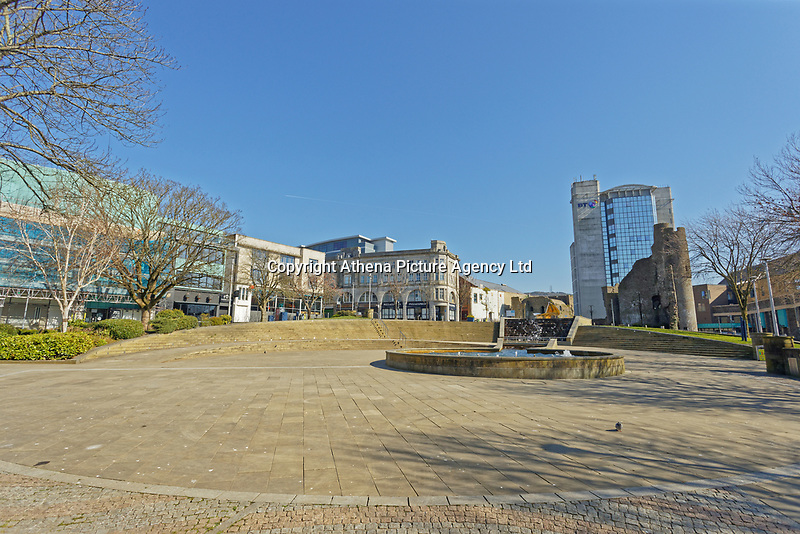 Pictured: The desrted Castle Square in Swansea, Wales, UK. Thursday 26 March 2020<br /> Re: Covid-19 Coronavirus pandemic, UK.