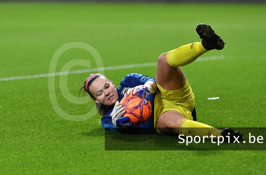 Linfield goalkeeper Nicole Adams (1)  pictured during a female soccer game between RSC Anderlecht Dames and Northern Irish Linfield Ladies  in the first qualifying round for the Uefa Womens Champions League of the 2020 - 2021 season , Wednesday 4 th of November 2020  in ANDERLECHT , Belgium . PHOTO SPORTPIX.BE | SPP | DAVID CATRY