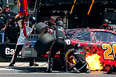 2017 NASCAR Xfinity Series<br /> My Bariatric Solutions 300<br /> Texas Motor Speedway, Fort Worth, TX USA<br /> Saturday 8 April 2017<br /> Erik Jones, Game Stop/ GAEMS Toyota Camry pit stop<br /> World Copyright: Russell LaBounty/LAT Images<br /> ref: Digital Image 17TEX1rl_3800