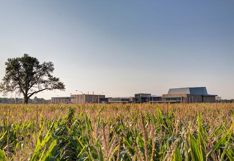 Reynoldsburg High School Summit Road Campus | Architect: Moody Nolan